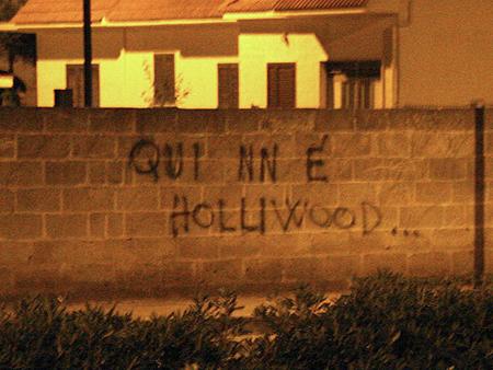 Scritta su un muro di Avetrana