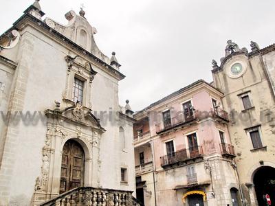 Paola - Chiesa della Madonna di Montevergine