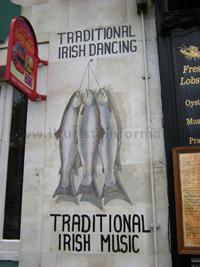 Dublino: esterno di un pub