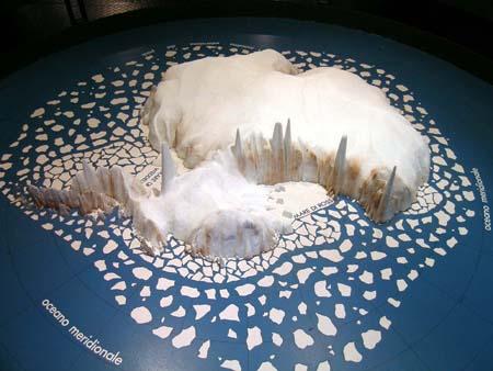 Plastico dell'Antartide
