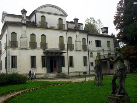 Facciata posteriore di Villa Widmann