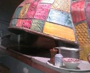 Il forno a legna del Cafe de Cuba
