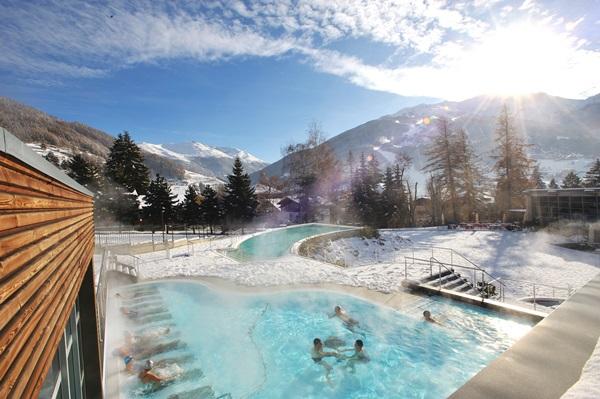 Bormio Terme vasca Quattro Stagioni inverno