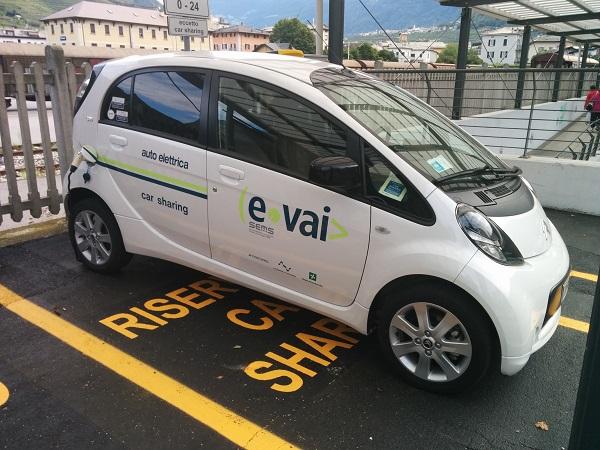 Auto Elettrica Car SharingTirano
