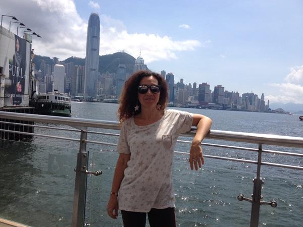 Stefania ad Hong Hong