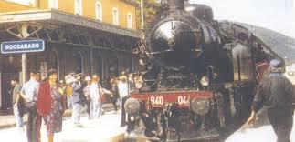 Immagini d'epoca: locomotiva alla stazione di Roccaraso