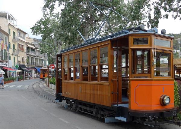 tram-vintage-soller