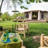 Wifi, design e avventura: quando il campeggio diventa di lusso