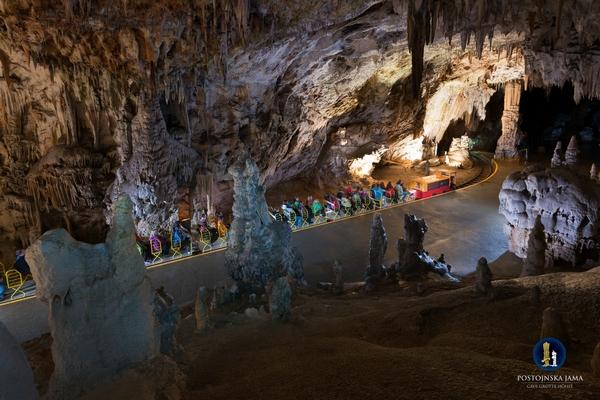 Trenino grotte di Postumia