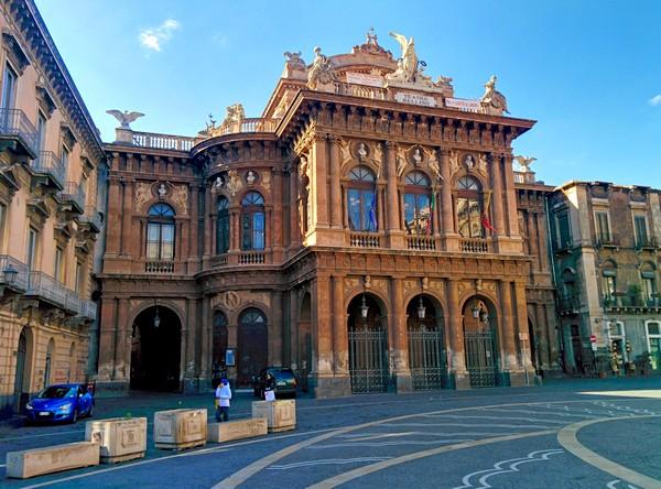 Cosa vedere a Catania - Teatro Bellini