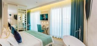 Dormire in un hotel 4 stelle a Bibione: Hotel Montecarlo